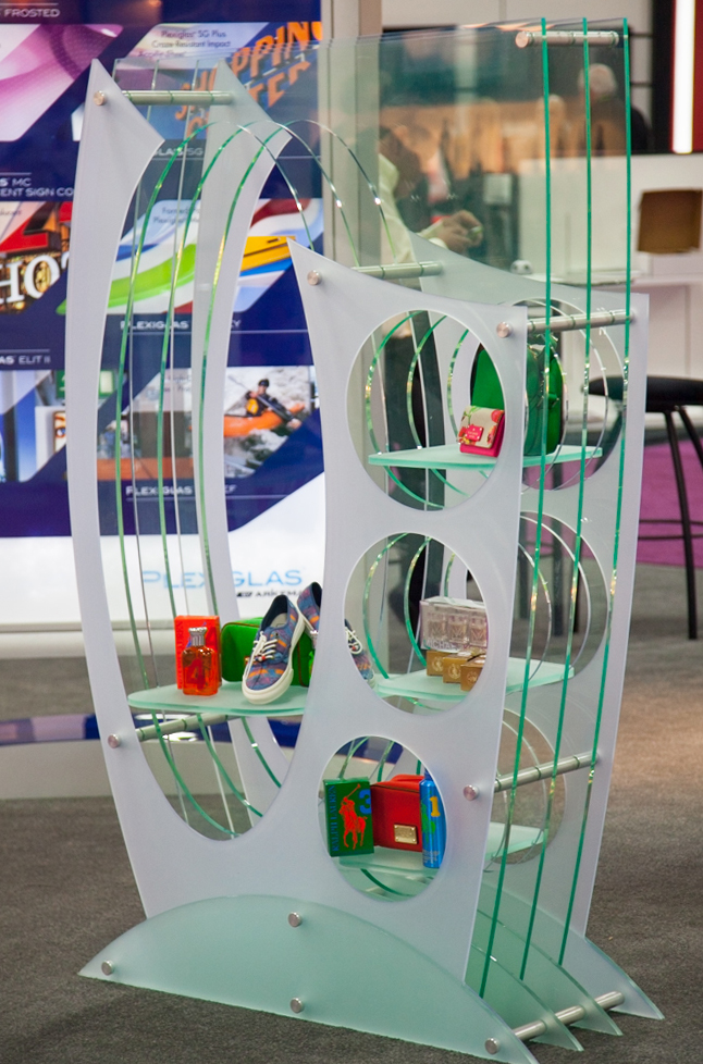 StandOffs to create a retail display